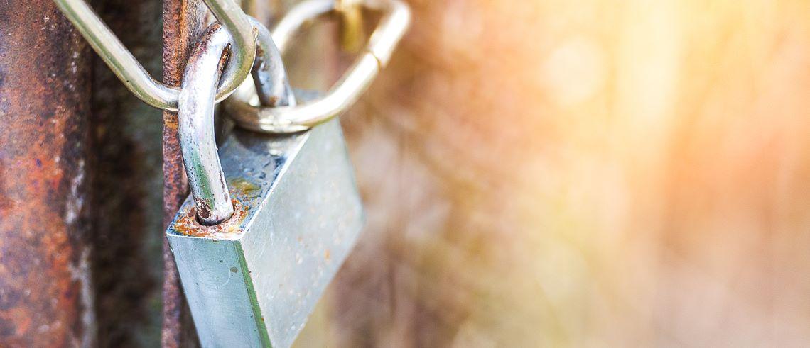 Är små fastighetsbolag utelåsta från obligationsmarknaden?