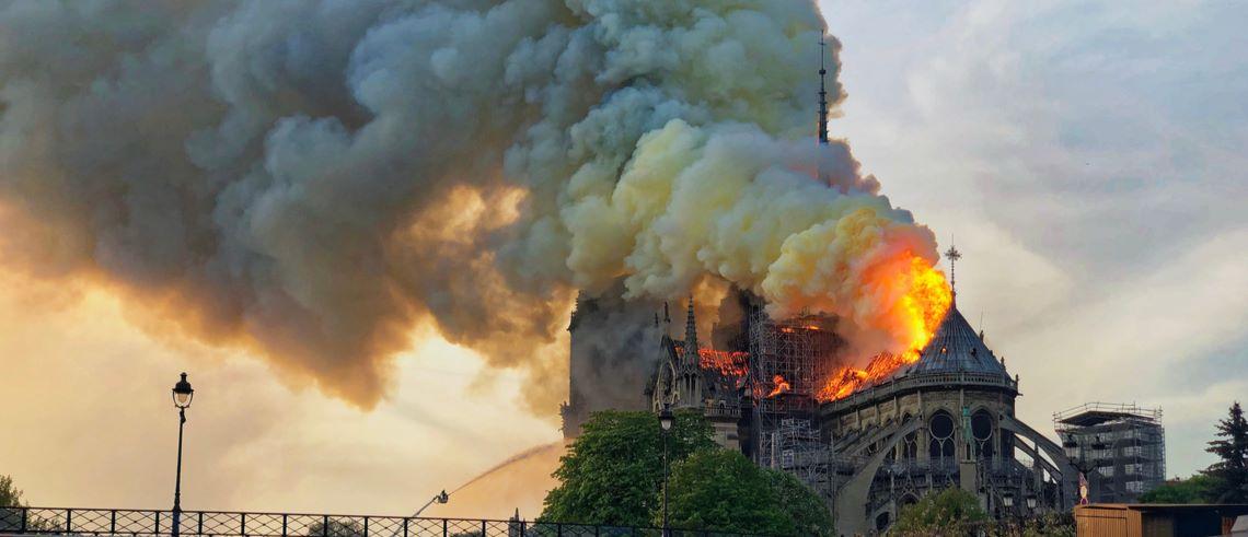 Notre-Dame - Historiens största crowdfundade fastighetsprojekt